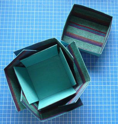 Cartonnage-015-corolle-2.jpg